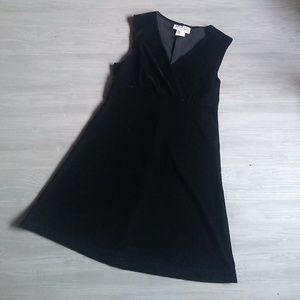 {La Belle} Vintage 90's Black Velour Dress